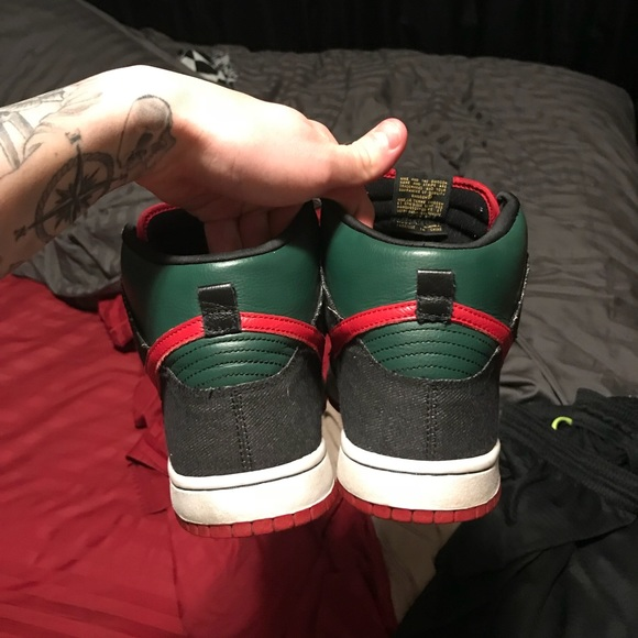 check out 57f61 ebae4 ... premium skateboard Gucci color green red  Size 11.5 Gucci resn Nike sb  dunk hi og all ...